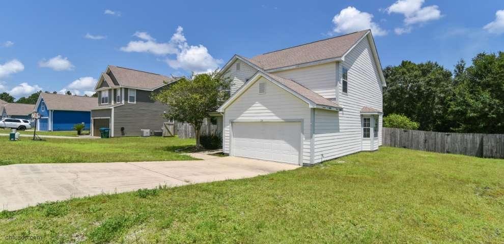 124 PEORIA Blvd, Crestview, FL 32536