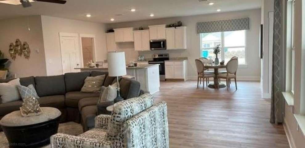 1110 Shoal River Dr, Crestview, FL 32539 - Property Images