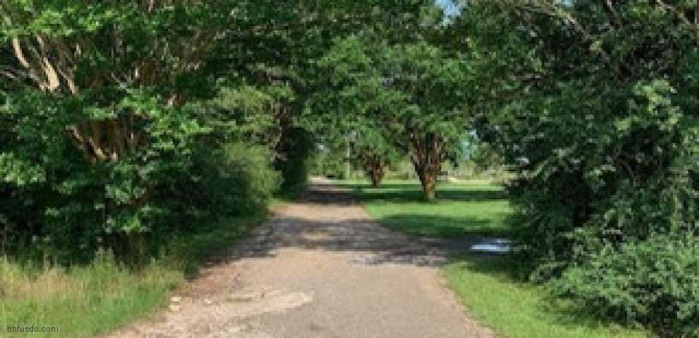 5340 Chestnut Rd, Molino, FL 32577