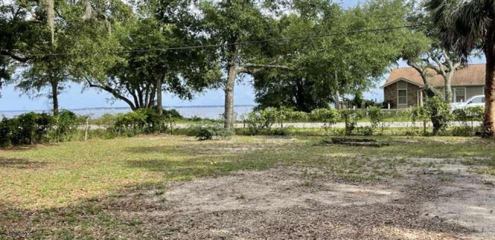 539 Satsuma Rd, Niceville, FL 32578