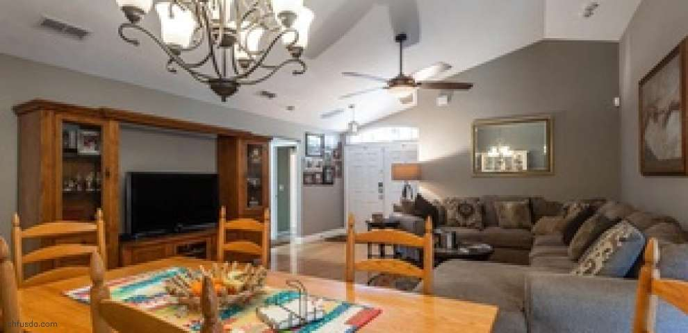 2074 SW 42nd Ln, Gainesville, FL 32608