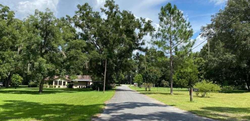 18688 Charlotte Ave, Brooker, FL 32622