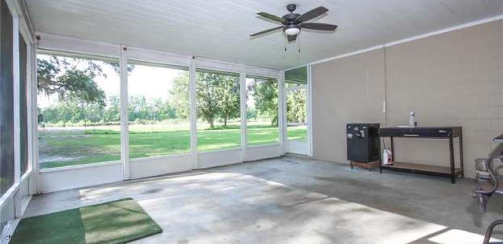 7151 NW 115 St, Chiefland, FL 32626