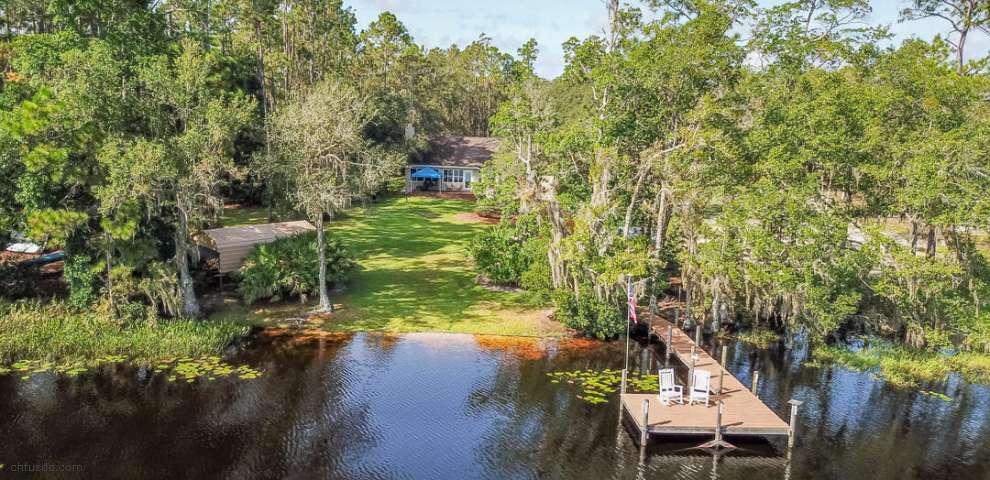 251 Riley Lake Rd, Hawthorne, FL 32640