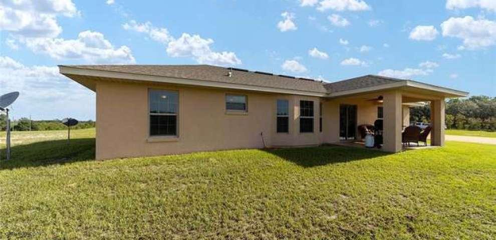 13830 SE 60th St, Morriston, FL 32668