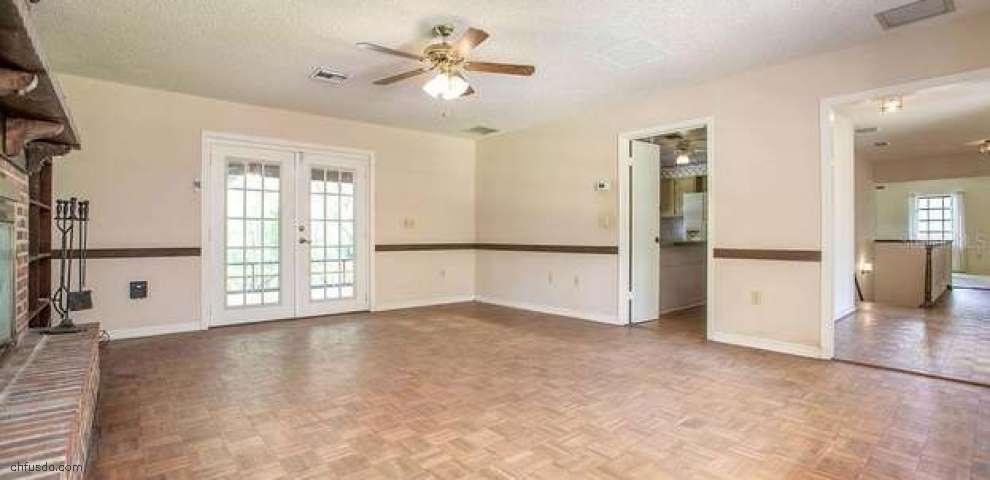 1535 Grand Ave, Deland, FL 32720