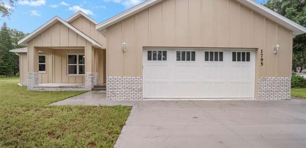 1795 Turpentine Rd, Mims, FL 32754