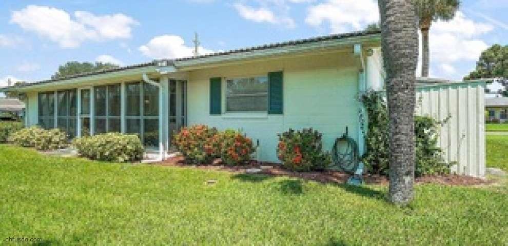 13220 Country Club Dr, Tavares, FL 32778