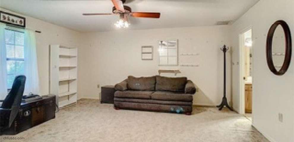 16615 Orange Ave, Umatilla, FL 32784