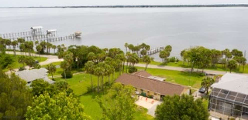 3715 Indian River Dr, Cocoa, FL 32926