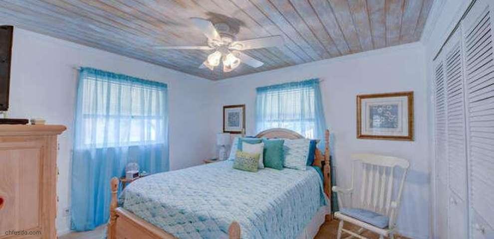 13328 SE Flora Ave, Hobe Sound, FL 33455