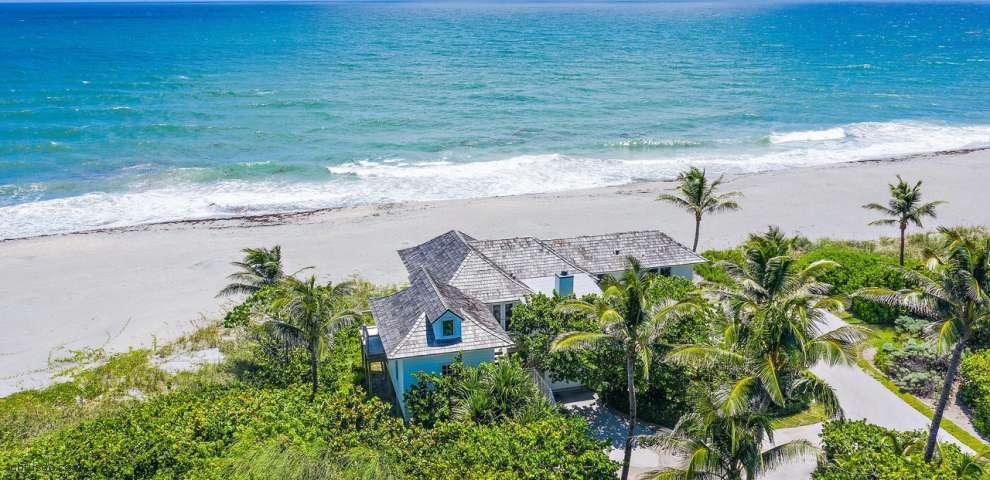 151 N Beach Rd, Hobe Sound, FL 33455