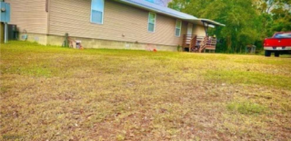 11812 and 11818 Duck Lake Canal Rd, Dade City, FL 33525
