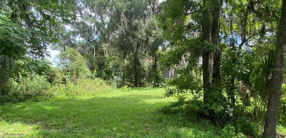 2406 E Newsome Rd, Plant City, FL 33565