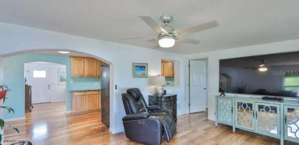 106 6th St NW, Ruskin, FL 33570 - Property Images