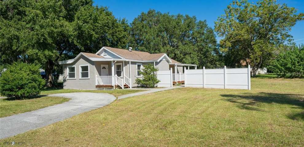 109 6th Ave NW, Ruskin, FL 33570