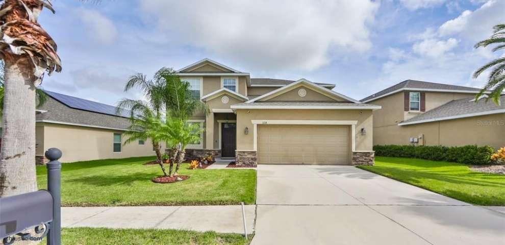 1218 Oak Pond St, Ruskin, FL 33570