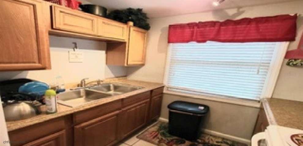 206 8th St NE, Ruskin, FL 33570 - Property Images
