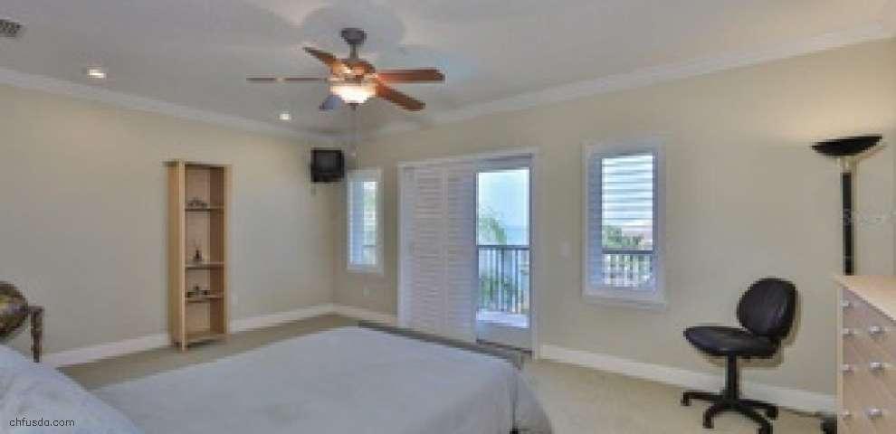 1007 Piano Ln, Apollo Beach, FL 33572