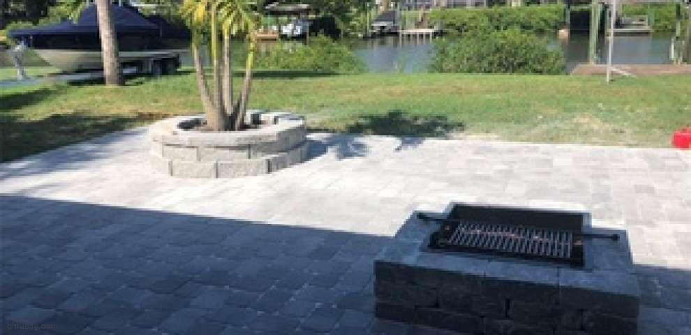 317 Flamingo Dr, Apollo Beach, FL 33572