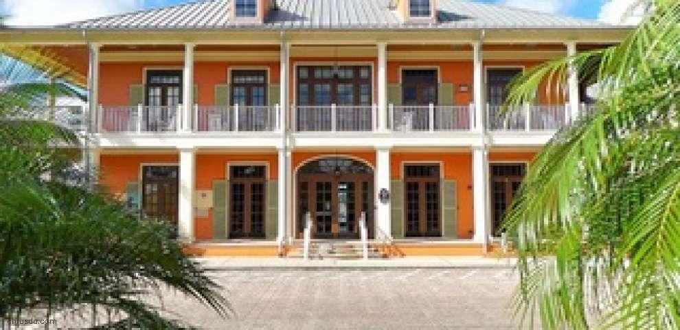 826 Manns Harbor Dr, Apollo Beach, FL 33572