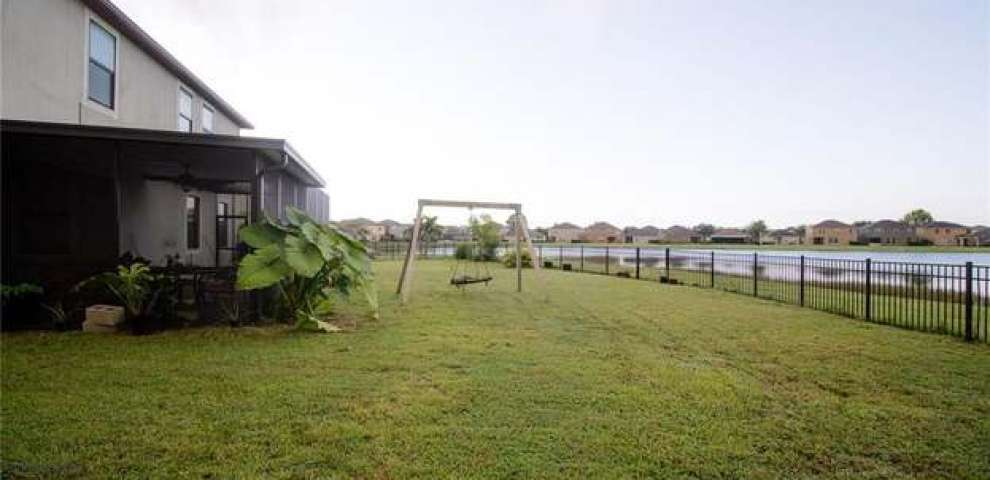10203 Stedfast Ct, Ruskin, FL 33573 - Property Images