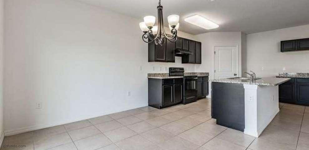 10913 Stebbing Ct, Thonotosassa, FL 33592