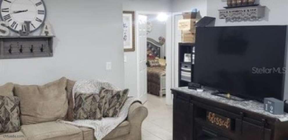 10509 Sumner Rd, Wimauma, FL 33598