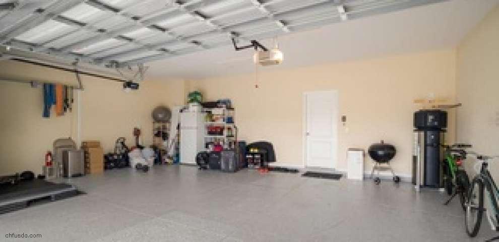 10743 Carloway Hills Dr, Wimauma, FL 33598