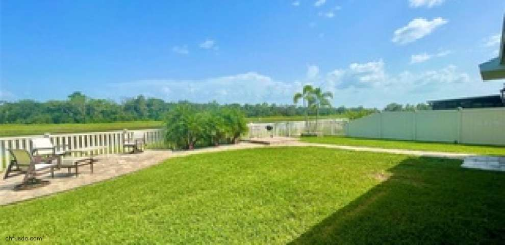 16525 Myrtle Sand Dr, Wimauma, FL 33598