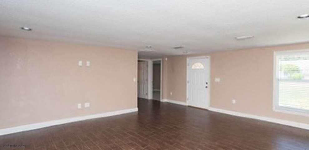 8917 Clayton Ln, Lakeland, FL 33809