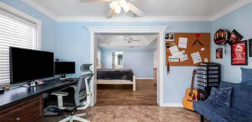 300 White Cliff Blvd, Auburndale, FL 33823