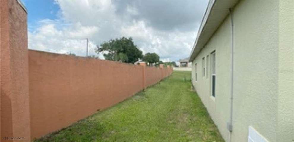 109 Victory Ave, Davenport, FL 33837