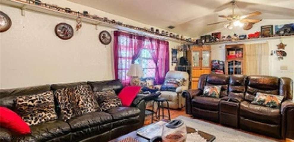 208 Chesney Blvd, Frostproof, FL 33843