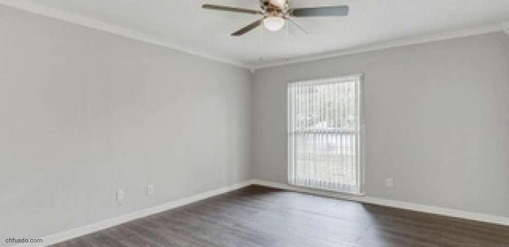 10 Huntley Ct, Haines City, FL 33844