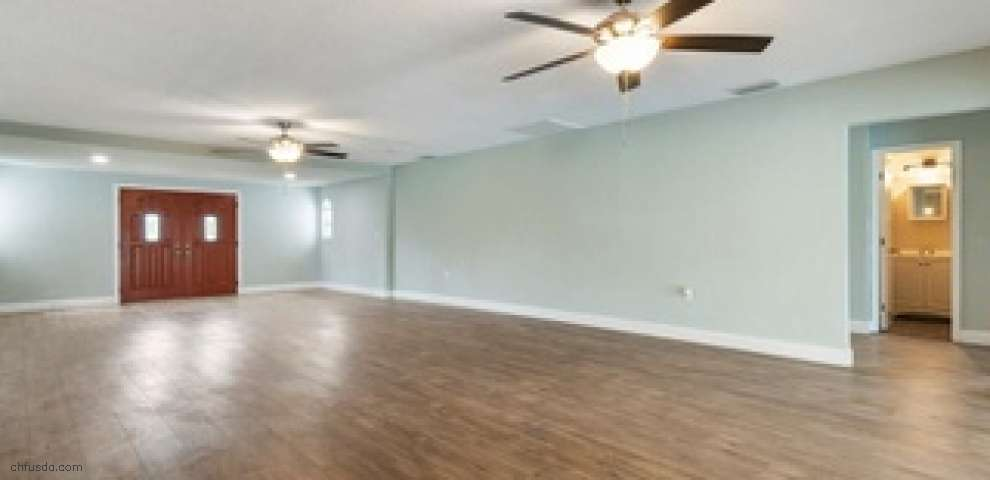 15195 Angus Rd, Polk City, FL 33868
