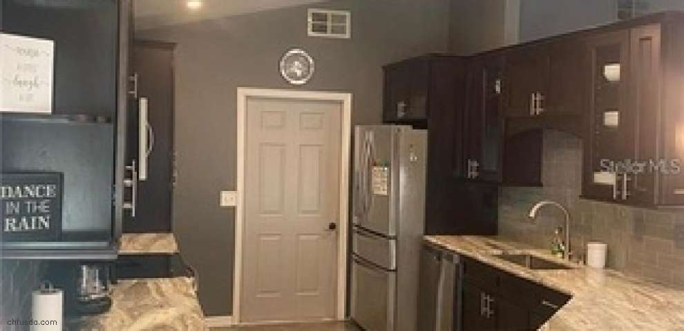 130 Bentley Oaks Blvd, Davenport, FL 33896