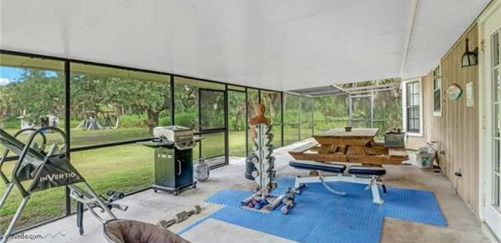 421 7th St SW, Naples, FL 34117 - Property Images
