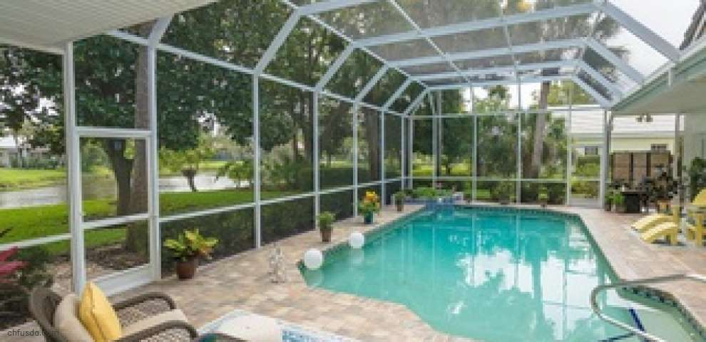 9 Dominica Dr, Englewood, FL 34223