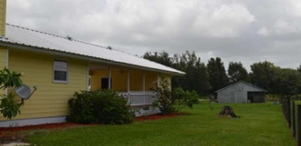 1045 Shilo Rd, Sarasota, FL 34240