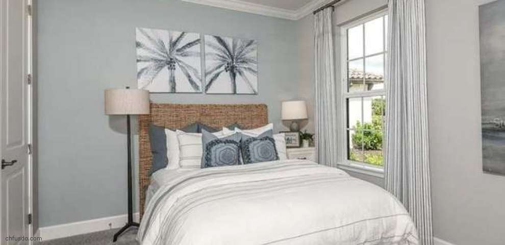 10259 Morning Mist Ln, Sarasota, FL 34241