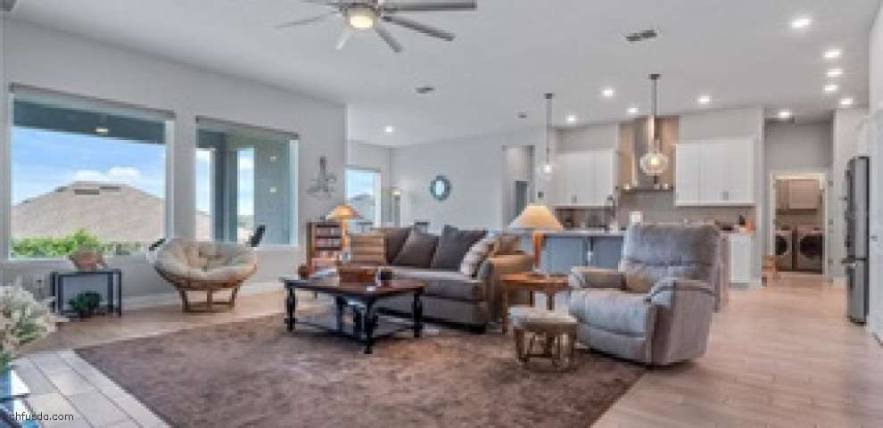 13173 Blossom Valley Dr, Clermont, FL 34711