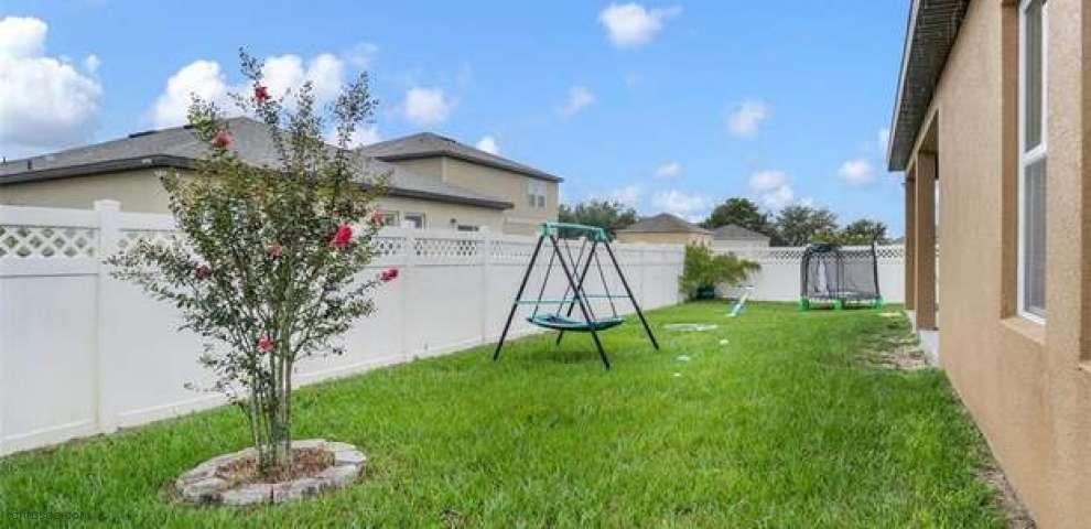 15574 Merlin Ave, Mascotte, FL 34753