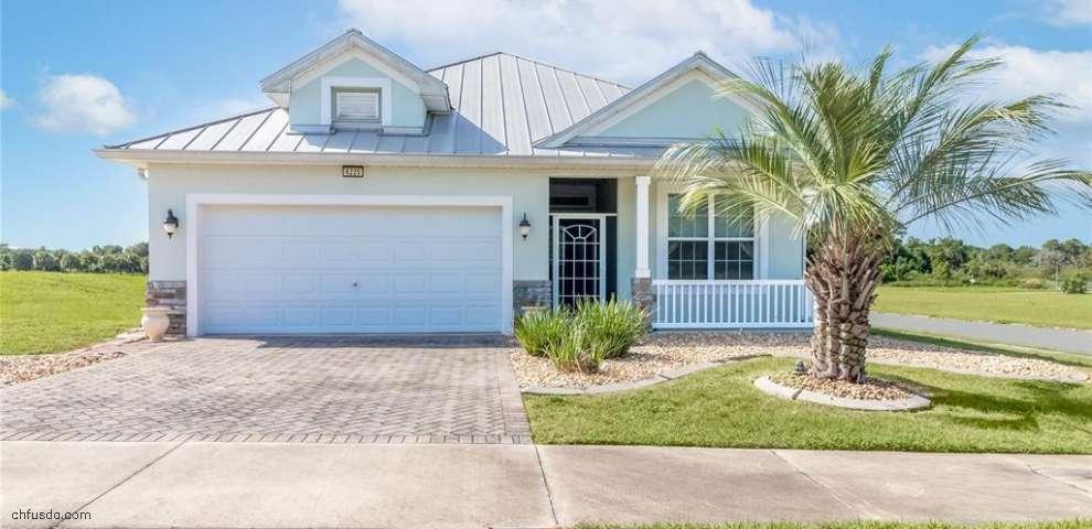 6225 Sanders Grove Cir, Okahumpka, FL 34762