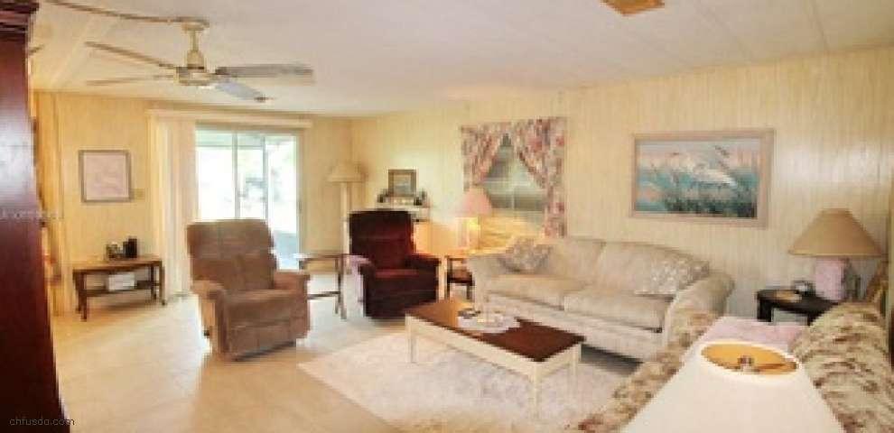 1091 Bass St, Bulkhead Ridge, FL 34974