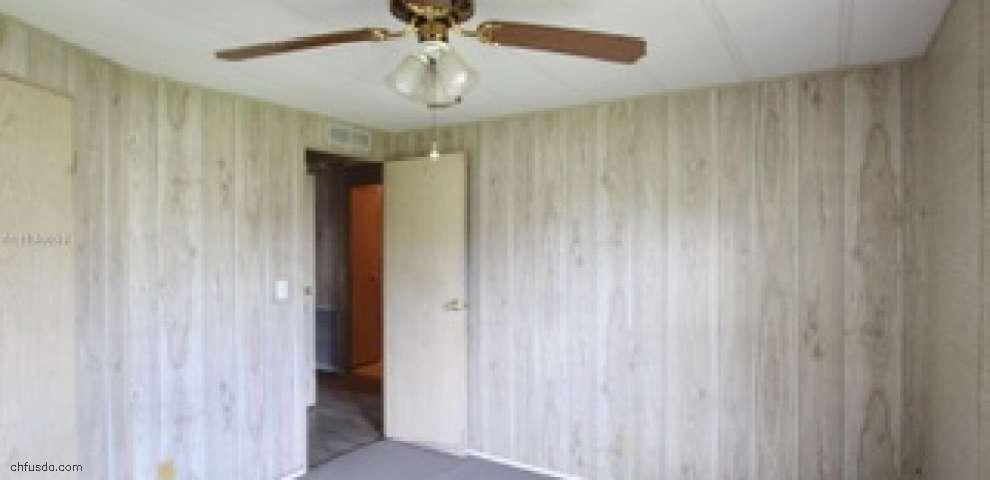 1120 Palm Ct, Bulkhead Ridge, FL 34974