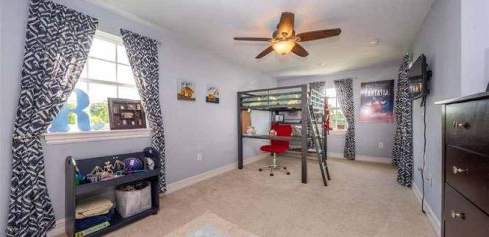 6152 SW Banks St, Palm City, FL 34990