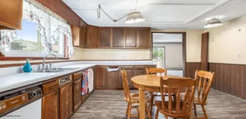 3841 S Section Line Rd, Delaware, OH 43015