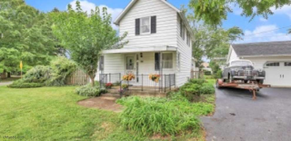 144 W St SW, Etna, OH 43018