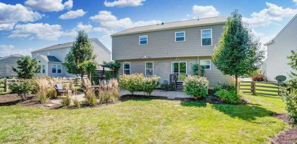 234 Weeping Willow Run Dr, Johnstown, OH 43031